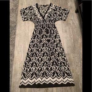 Preowned Calessa maxi dress size medium